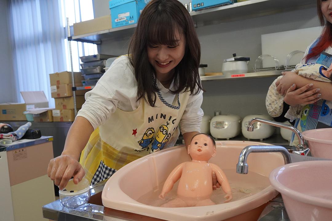 赤ちゃんとの関り方を学ぼう!